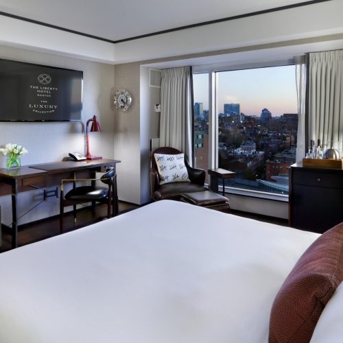 lux3646gr-230698-King Grand Deluxe City View Room-Med